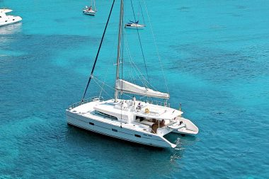 Catamaran Dream 60 Sailing