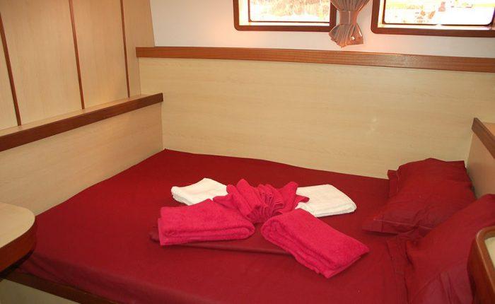 Catamaran Mojito 82 Interior Cabin