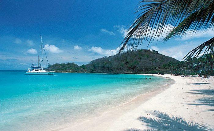 Grenadines Islands Wistle bay