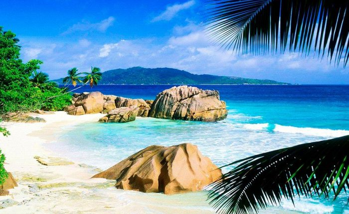La Digue Island Catamarans Cruises