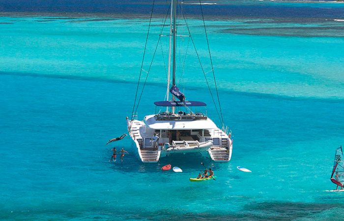 International Voyage Grenadines Islands Premium